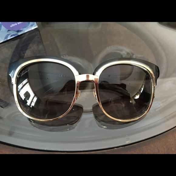 e6d2ee2291 Gucci GG 4241 S EZKEU Sunglasses